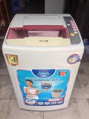 Máy giặt Sanyo ASW-S70S2T 7kg mới 95%