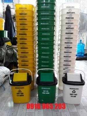 Thùng đựng rác xe tiêm 10 lít, thùng rác nắp lật 10 lít xe tiêm màu xanh lá