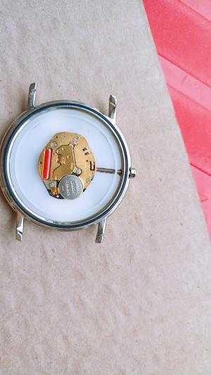 Đồng hồ quartz Nam OP Thụy Sỹ .