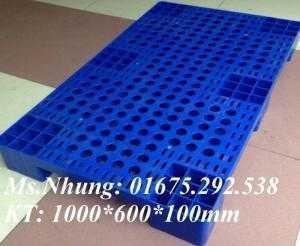 Pallet nhựa chất lượng tốt, giao hàng toàn quốc