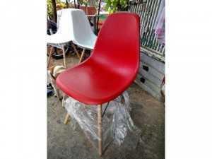 Ghế nhựa chân gỗ NN01