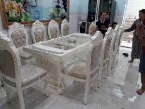 Những mẫu bàn ăn cổ điển giá rẻ sản xuất theo yêu cầu tại Nội thất Kim Anh