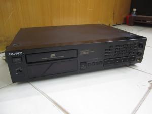 CD Sony 997
