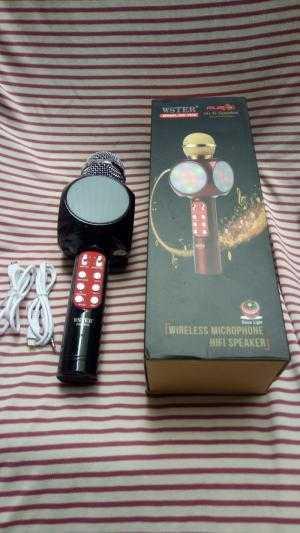 Micro karaoke kèm loa Bluetooth WSTER WS-1816 cực hay, đèn led 7 màu (Đen)