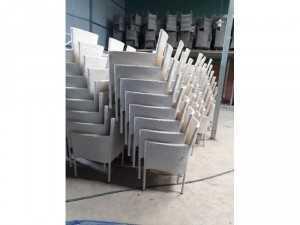 Cần thanh lý gấp 400 ghế tồn kho