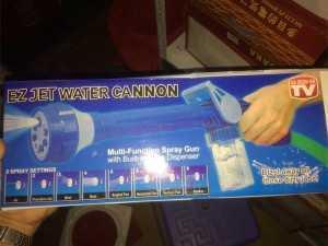 Vòi xịt tăng áp Ez Jet Water 8 in 1 đa năng