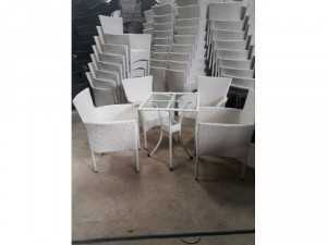 Cần thanh lý gấp các loại bàn ghế giá rẻ