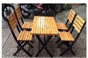 Chuyên cung cấp bàn ghế gỗ xếp giá rẻ ....