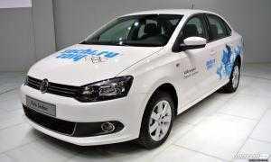 Bán ô tô Volkswagen Polo GP số tự động sản xuất 2015, màu trắng, nhập khẩu nguyên chiếc