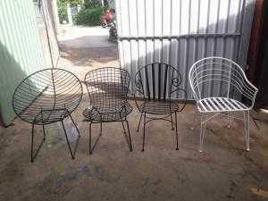 Bàn ghế sắt mỹ nghệ giá rẻ