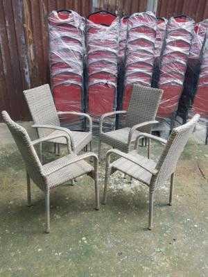 Bàn ghế nhựa giả mây Tp Hcm,hàng xuất khẩu giá rẻ bảo hành 24 tháng