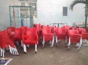 Ghế nhựa chân đúc giá rẻ
