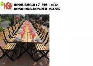 Ghế gỗ xếp quán nhậu