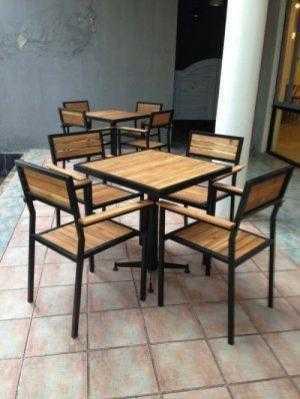 Ghế gỗ cafe sân vườn