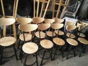 Ghế gỗ cho quán cafe - bar mẫu mới