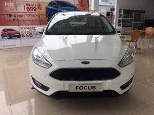 Ford Focus Trend giao ngay ,đủ màu hỗ trợ trả góp ,hỗ trợ các thủ tục đăng kí đăng kiểm