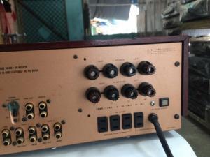 Bán chuyên Ampli LUXMAN 560 hàng bãi đẹp , từ Nhật về .