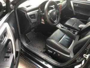 Bán Toyota Altis 2.0V Sportivo màu đen VIP sản xuất T12/2014 phiên bản thể thao cao cấp nhất