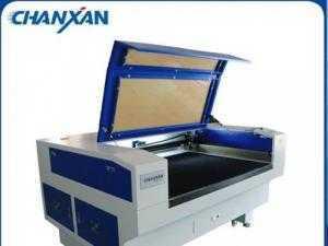 Máy laser 1610 chuyên gia công cắt vải, da, simili