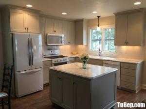 Tủ bếp gỗ Sồi sơn trắng sang trọng kết hợp bàn đảo – TBN0145
