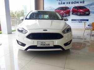 Mua xe Ford không lo về giá. Xe Ford Focus Sport mới nhất 2018(Đủ màu)