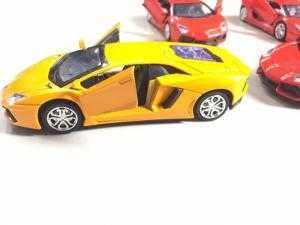 Xe mô hình Lamborghini bằng kim loại