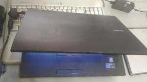 Samsung 600B. Core i3 TH3 . Ram 3GB. 160GB