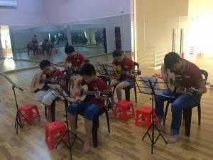 SiĐô Chiêu sinh các lớp Guitar cho các bé từ 5 tuổi trở lên