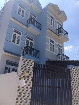 Bán gấp nhà đường Huỳnh Tấn Phát, Thị trấn Nhà Bè, DT 3.4m x 12m, trệt, 2 lầu, 4PN