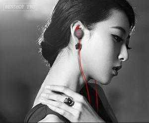 2018-07-18 16:21:27  2  Tai nghe nhét tai chuyên game có mic Gatka V7 350,000
