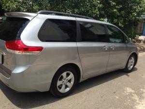 2018-07-18 16:43:08  2  Cần bán xe Toyota Sienna 2.7LE 2011 màu bạc nhập Mỹ 1,180,000,000