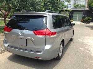 2018-07-18 16:43:08  6  Cần bán xe Toyota Sienna 2.7LE 2011 màu bạc nhập Mỹ 1,180,000,000