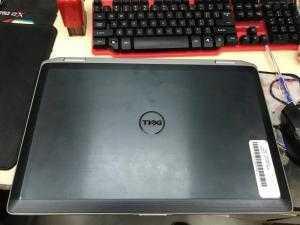 LaptopDellLatitudeE6520core i5, DDR3 4Gb, HDD 500Gb nhập khẩu Mỹ zin bao test