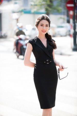 Đầm công sở cổ vest kèm belt