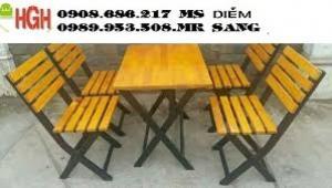Ghế gỗ quán nhậu giá rẻ nhất hghv4