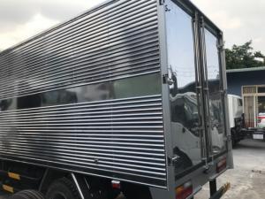 Xe tải Isuzu 1 tấn 9, thùng inox, trả trước 100 triệu, nhận xe ngay