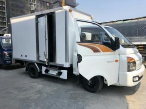 Xe tải 1,5 tấn Hyundai H150 thùng kín vào...