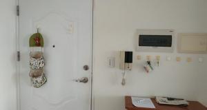 Cho thuê căn hộ Mỹ Viên Phú Mỹ Hưng quận 7  2 phòng ngủ, 1 Phòng khách, 1 phòng bếp, 1 phòng giặt  chung cư  lâu dài 0909 176 988