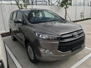 Báo Giá Khuyến Mãi Mua xe Toyota Innova E...