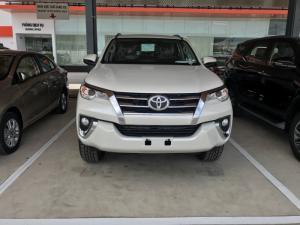 Toyota Fortuner 2018 Máy Dầu Màu Trắng Nhập Khẩu. Giao Xe Ngay Trong Tháng