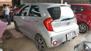 Bán Kia Morning SI 1.25AT màu bạc số tự động sản xuất 2017 biển Bình Dương