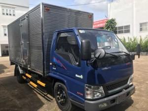 Xe tải Hyundai IZ49 2T4 thùng inox, trả trước 50 triệu, giao xe ngay