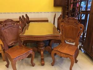 Bộ bàn ăn kiểu cổ điển 8 ghế VIP - BBA222