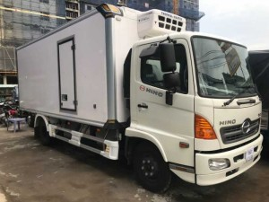 Xe tải Hino 6.2 tấn thùng đông lạnh - Hino...