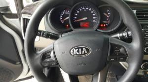 Bán Kia RIO 1.4MT sedan màu bạc số sàn nhập Hàn Quốc 2015 lăn bánh 54000km