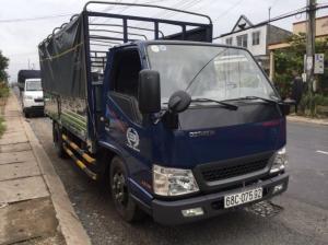 Khuyến mãi xe tải Hyundai IZ49 2T4, thùng mui bạt, trả trước 80 triệu, giao xe ngay