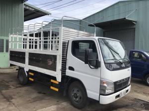 Xe tải Fuso Canter 4.7 thùng mui bạt, tải trọng 1.9 tấn - trả trước 50 triệu, giao xe ngay