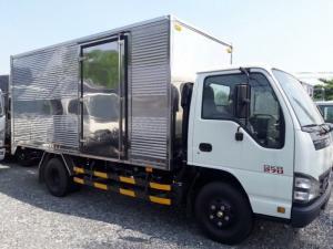 Xe tải ISUZU 2 tấn 4 QKR77FE4, thùng kín, trả trước 100 triệu, giao xe ngay