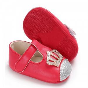 Giày tập đi cho bé gái màu đỏ đính vương miện