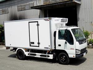 Xe tải ISUZU 1.9 tấn thùng đông lạnh - Trả trước 100 triệu, giao xe ngay